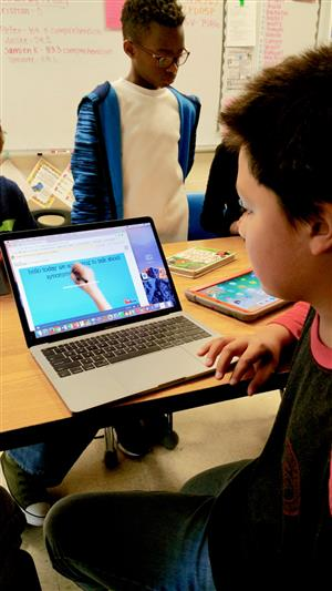 Meckem class uses technology to teach younger students  - 5.jpg