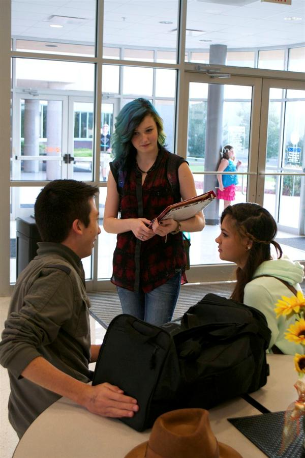 High school students discuss advanced placement options