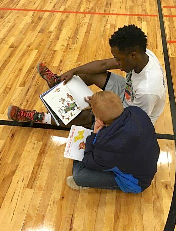 BB players read to East students