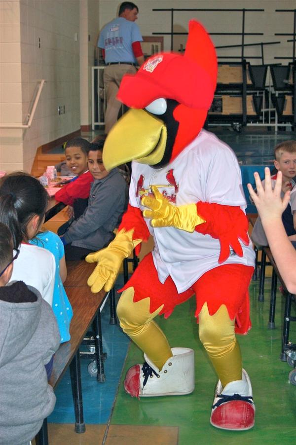 Louie from the Springfield Cardinals visits Freedom Elementary
