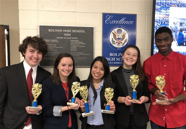 WHS Speech and Debate Team brings home six trophies