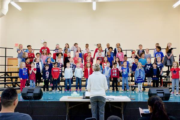 Freedom Elementary hosts night of singing