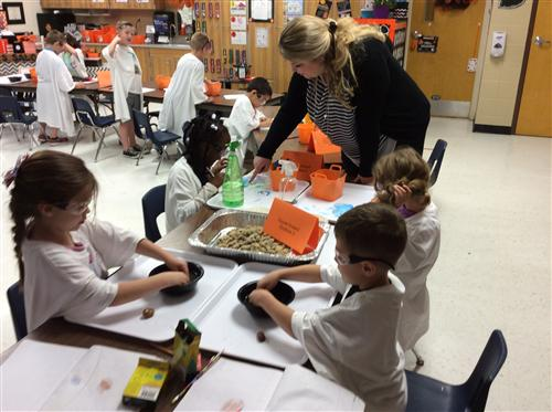 Experiment day for East kindergarten class