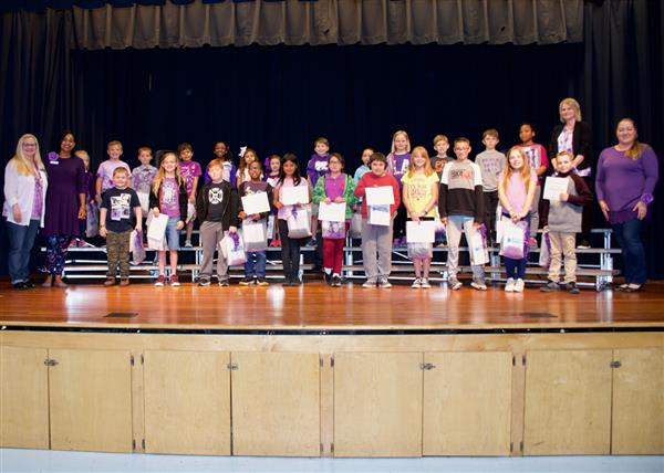 Blue Star Families help celebrate Purple Up Day