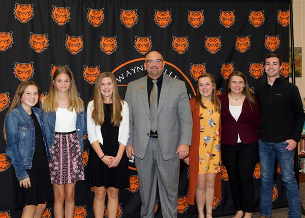 Student Leadership Team introduced to School Board