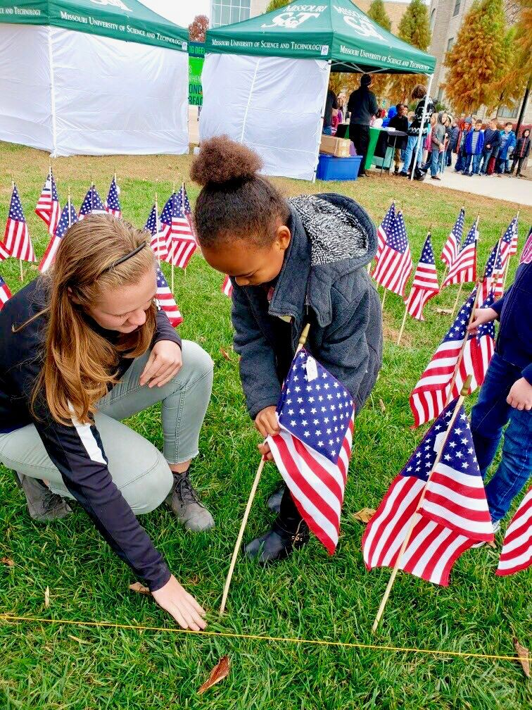 Second graders honor veterans