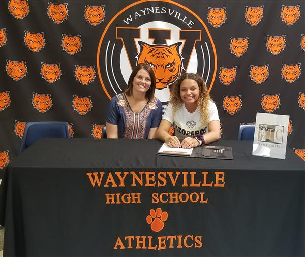 Wardin signs to play volleyball
